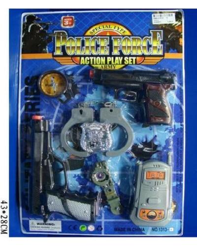 Полицейский набор 1313-1 2 пистолета, рация, наручники, часы, на планшетке 43*28см