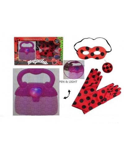 """Аксессуары """"M"""" TM535  свет, сумочка, маска, перчатки, талисман, в кор.35,5*20*8см"""