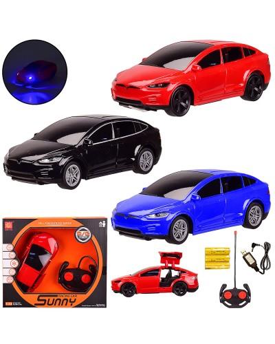 Машина р/у 3056  3 цвета, 1:24 TESLA, с откр. дверью, USB, в кор. 26*12*11см