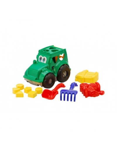 Детский набор: трактор з вкладишами, лопатка, грабли, две большие пасочки